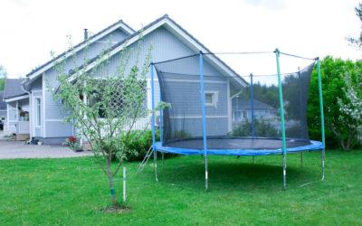Für Freiluft-Sport mit hohem Spaßfaktor sorgt das Gartentrampolin